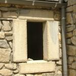 esat-lozere-encadrement-fenetre-taille-de-pierres